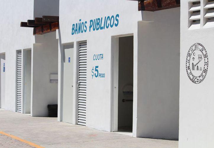 Aunque la gente aceptó pagar, dijeron que esperaban fueran gratuitos como en otras instalaciones. (Octavio Martínez/SIPSE)