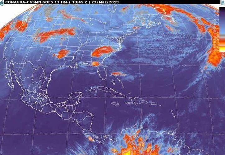Soplarán vientos de componente sur de 20 a 40 km/h con rachas de 60 km/h y oleaje de 1 m de altura. (smn.cna.gob.mx)