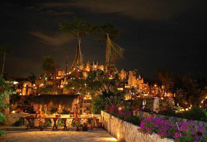 Esperan que alrededor  de 45 mil persona visten Xcaret por el festival de Vida y Muerte. (Contexto/Internet)