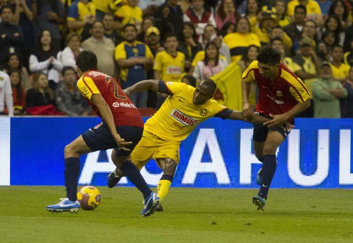 Aunque perdió ante Morelia, América logró avanzar a semifinales. (Notimex)