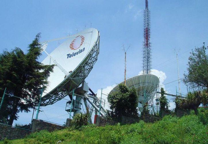 Televisa, junto a Televisión Azteca, tiene más de 6 años en litigio con Telmex. En la imagen, las instalaciones de Televisa Chapultepec. (panoramio.com)