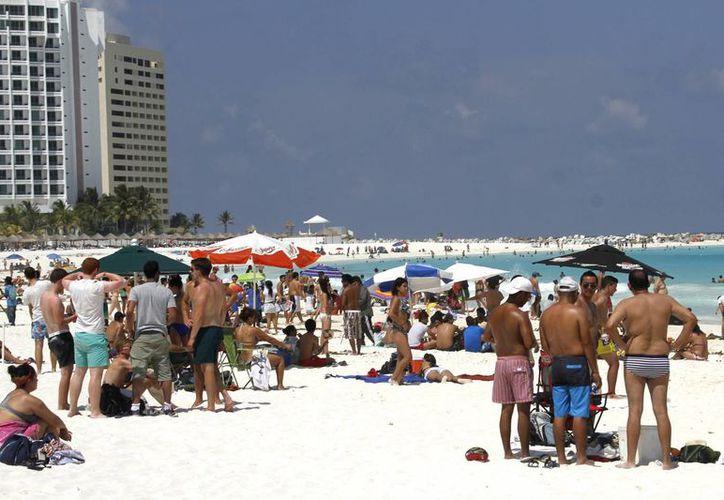 Las llegadas de turistas internacionales a nivel global se incrementaron en un 5.0 por ciento durante el periodo enero-agosto de 2014. (Archivo/Notimex)