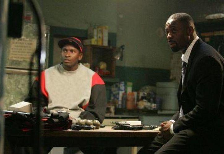 El actor Anwan Glover (izquierda) fue víctima de un ataque a puñaladas en la ciudad de Washington. (tdb.com)