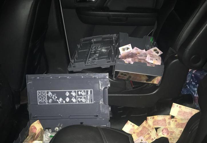 Las investigaciones continúan para determinar si los detenidos están relacionados con otros dos robos de este tipo. (SIPSE)