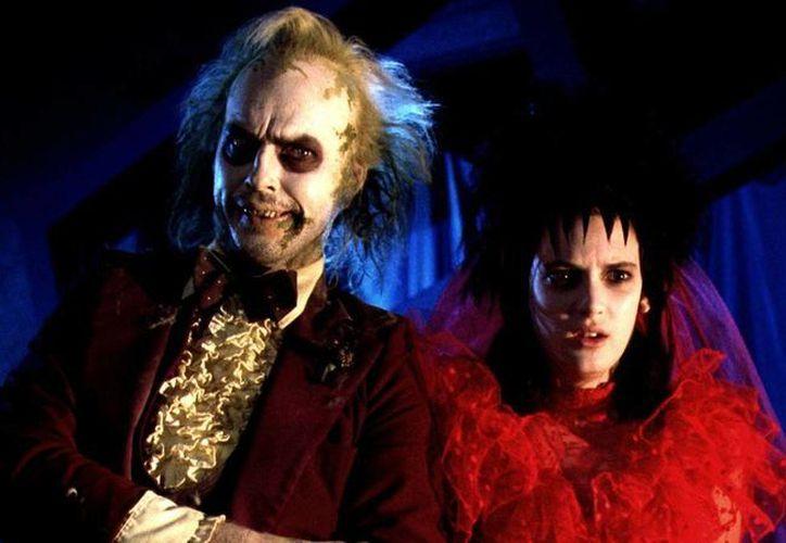 Winona Ryder y Michael Keaton volverán a hacer mancuerna en una secuela de Beetlejuice, tras la primera parte que hicieron con el cineasta Tim Burton. (space.ca)