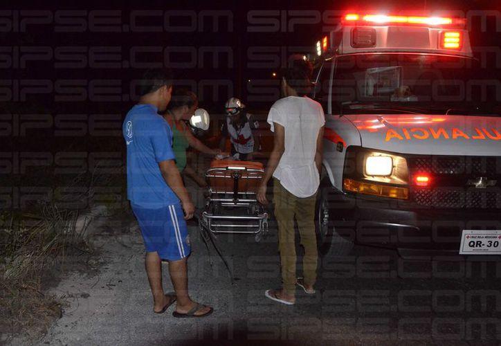 La mujer fue trasladada al Hospital General para su atención médica. (Redacción/ SIPSE)