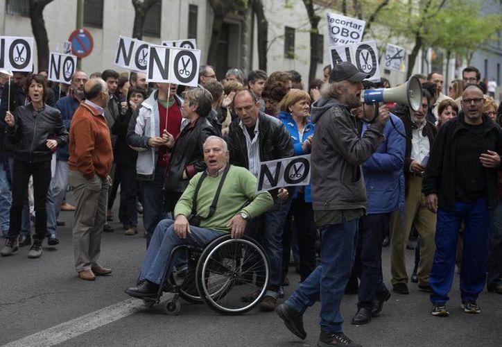 España vive la peor cifra de desempleo de su historia. (Agencias)