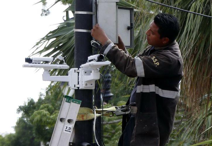Las cámaras son un gran apoyo para la labor que realiza la SSP. (Novedades Yucatán)