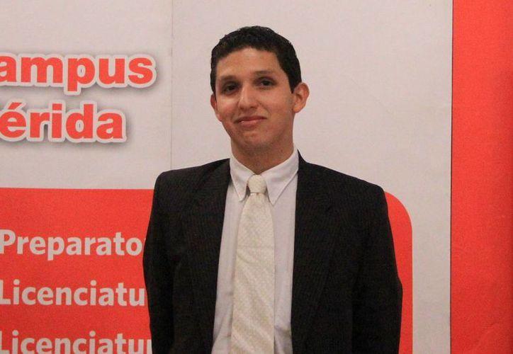 Rodrigo irá a la escuela Blue Mountains, en Australia. (SIPSE)