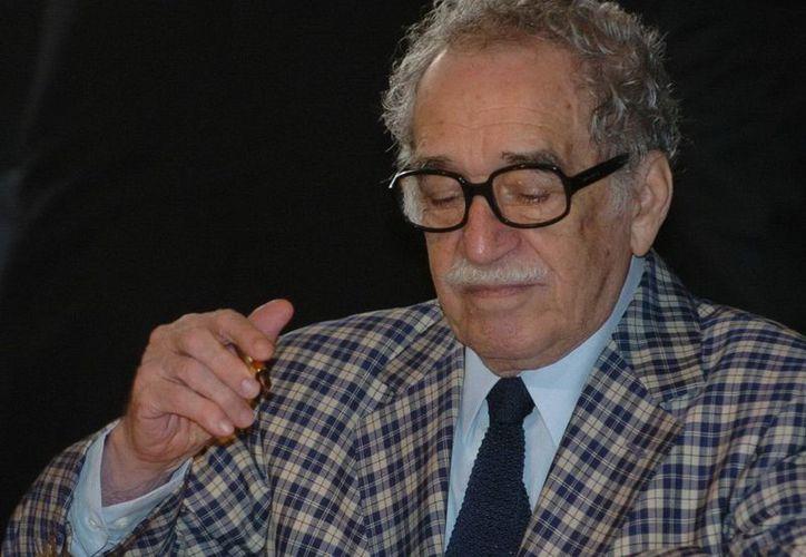 La estatua representa a García Márquez en sus primeros días como periodista en la capital colombiana. (Archivo/EFE)