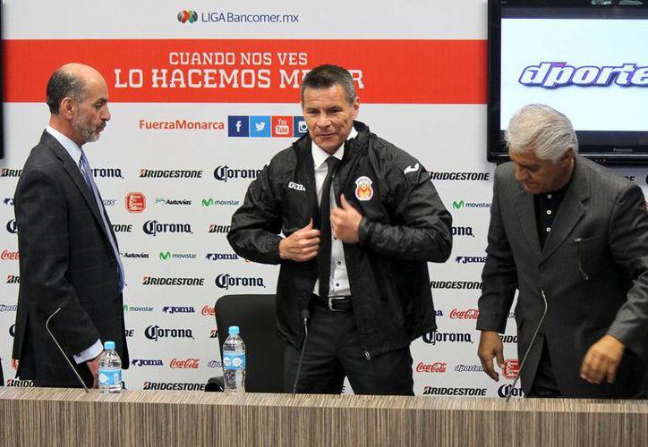 Alfredo Tena, quien fue auxiliar de Javier Aguirre durante años en Europa, regresa a México para dirigir a Monarcas Morelia. (Notimex)