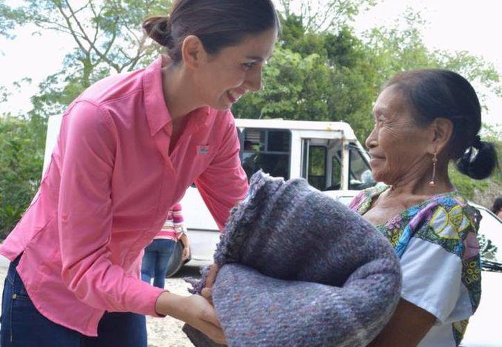 Se busca que las familias de escasos recursos eviten enfermedades a causa de las bajas temperaturas. (Foto: Cortesía)