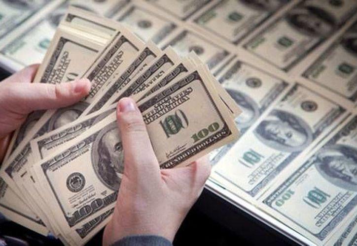 En México el dinero puede llegar en pesos o dólares. (telemundo47.com)