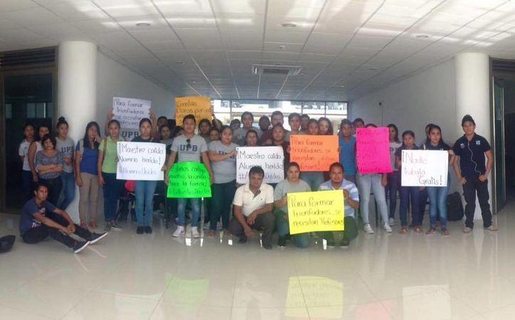Maestros de la Universidad Politécnica de Bacalar han dejado de dar clases en protesta por la falta de pago. (Facebook Sociedad universitaria UPB)