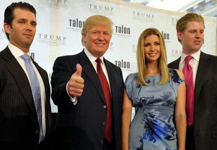 Tres de los hijos de Trump fueron designados miembros del equipo de transición entre los gobiernos de Barack Obama y su padre. (businessinsider.com)