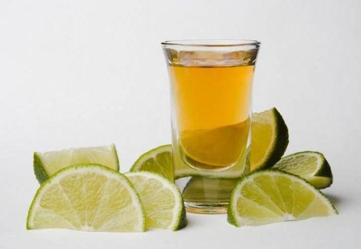 China recibirá 10 millones de litros de tequila en los próximos cinco años. (Archivo/SIPSE)