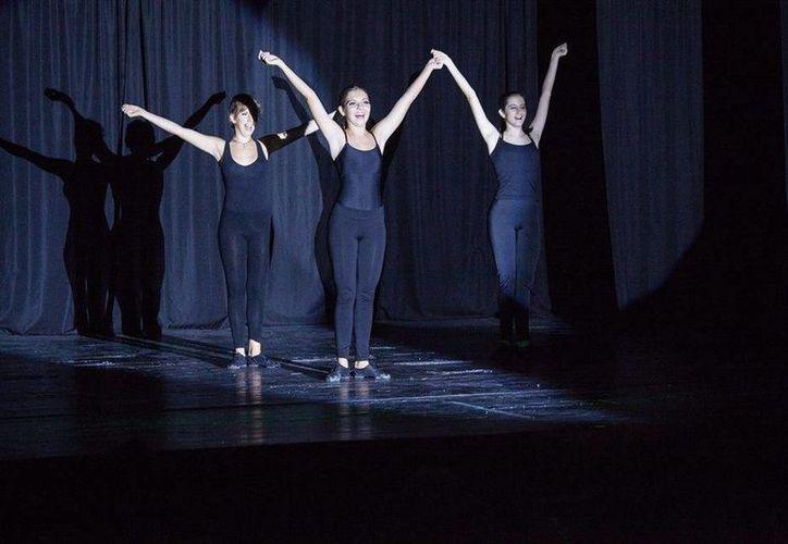 La Dirección de Cultura convoca a quienes quieran presentar una coreografía en el festejo del Día de la Danza. (Daniel Pacheco/SIPSE)