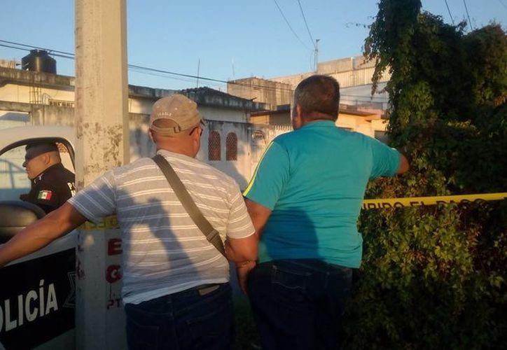 Los ciudadanos pueden fotografiar las actividades de los policías. (Eric Galindo/SIPSE)