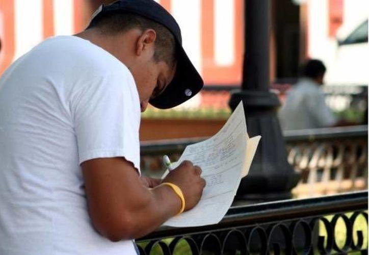Un 25.5 por ciento de los desocupados no completó los estudios de secundaria. (Archivo/SIPSE)