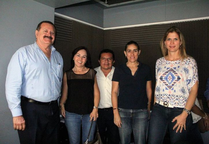 Jorge Barrera e invitados en el programa Salvemos una Vida. (Milenio Novedades/José Acosta)