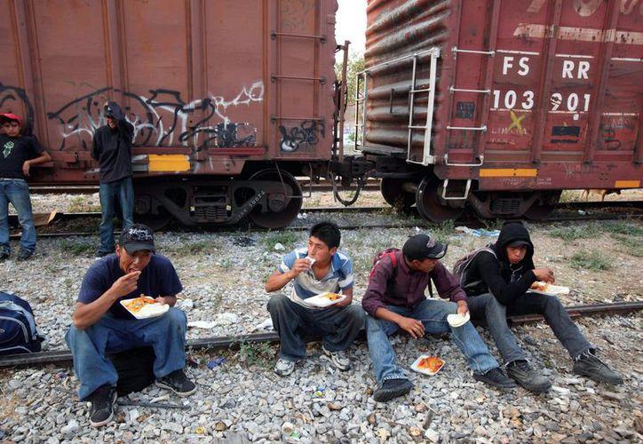 Los yucatecos que han viajado del 2005 al 2010, sólo regresa el 33.9%. (Milenio Novedades)