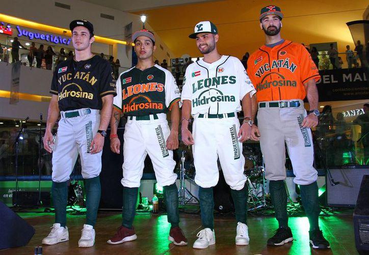 Los nuevos uniformes de los melenudos están diseñados para conmemorar los momentos más significativos que han tenido a lo largo de su historia en la LMB. (Foto: Jorge Acosta)