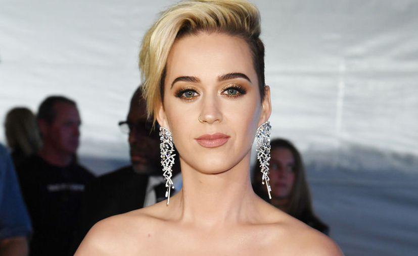 """Katy Perry dice que está atrasando el inicio de su nueva gira debido a """"retrasos de producción inevitables"""". (Contexto/Internet)."""