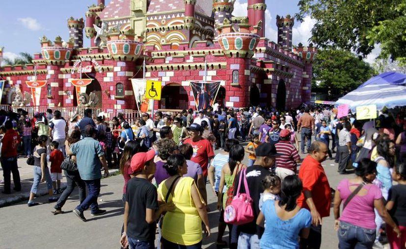 La Feria Yucatán se logrado mantenerse como un evento familiar. (SIPSE/Archivo)
