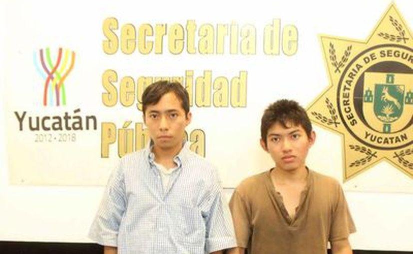 Josué Noh y Moisés Moo fueron aprehendidos por elementos de la SSP. (Milenio Novedades)