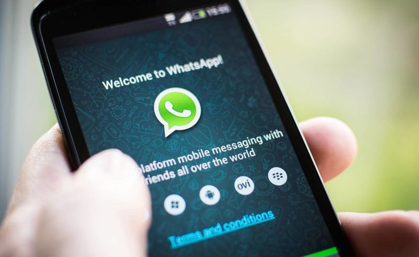 Los ciberlincuentes apelan a su curiosidad de los internautas ofreciendo la oportunidad de espiar las conversaciones de sus contactos u ocultar su estado en WhatsApp. (adslzone.net)