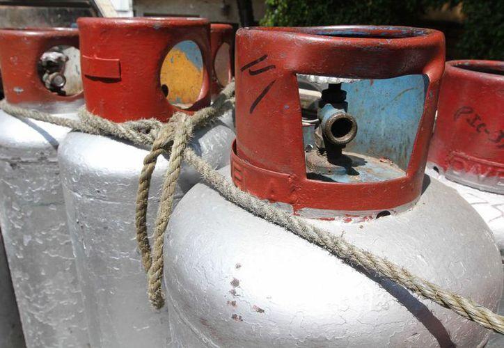 Desde enero de 2015, el cilindro de gas de 20 kilos cuesta en Mérida, Yucatán, 295.40 pesos. (Archivo/Notimex)