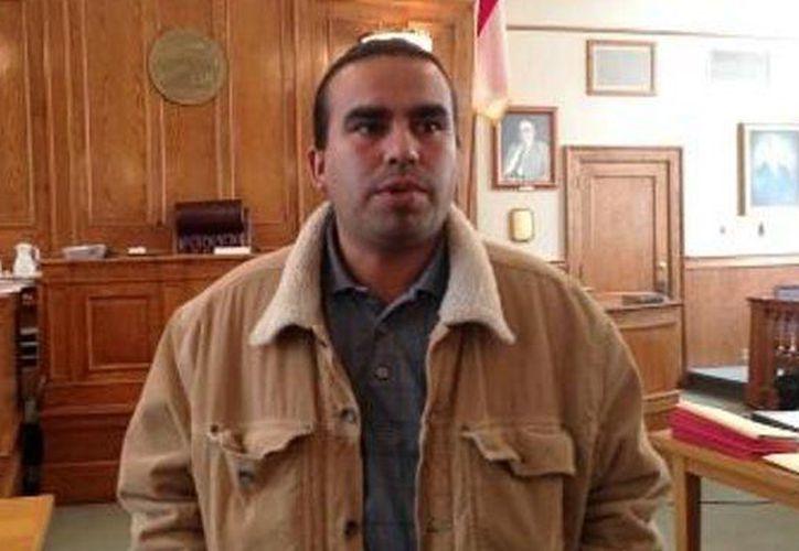 A Felipe Bautista Montes se le otorgó un permiso especial para ingresar a EU para atender los procedimientos de reclamación de potestad. (ellatinoonline.com)