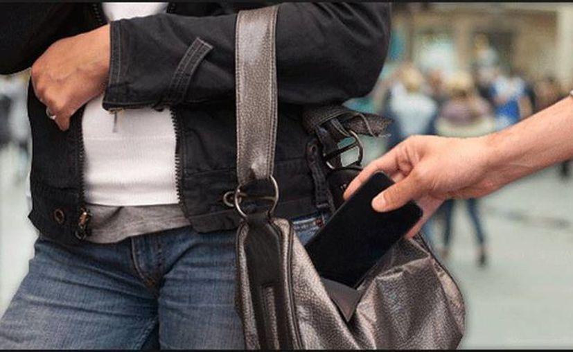 Casi uno de cada tres robos en Estados Unidos es de un teléfono multiusos. (actualidadgadget.com)