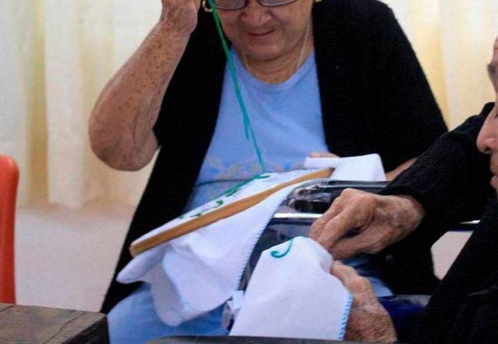 Adultos mayores de Yucatán demandan cada vez más empleos, pero el porcentaje de colocación es alto: 80 por ciento, según cifras del Inapam. (Archivo/Milenio Novedades)