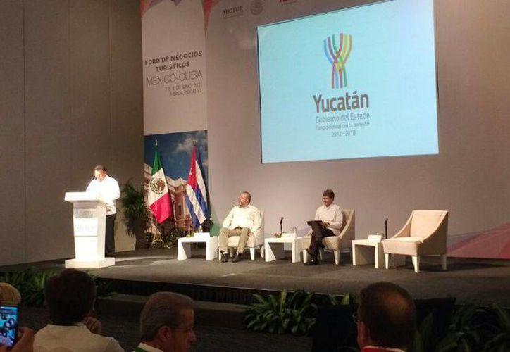 Imagen de la inauguración del primer Foro de Negocios Turísticos México-Cuba en el Centro de Convenciones Yucatán Siglo XXI. (Candelario Robles/Milenio Novedades)