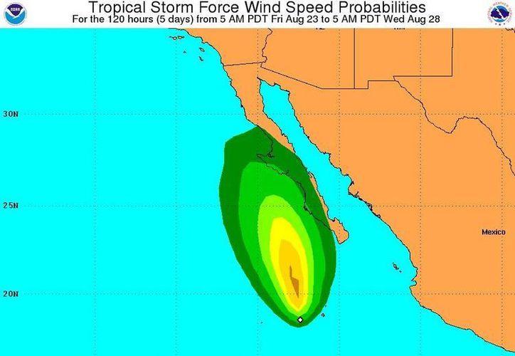 'Ivo' registra vientos máximos sostenidos de 65 kilómetros por hora. (nhc.noaa.gov)