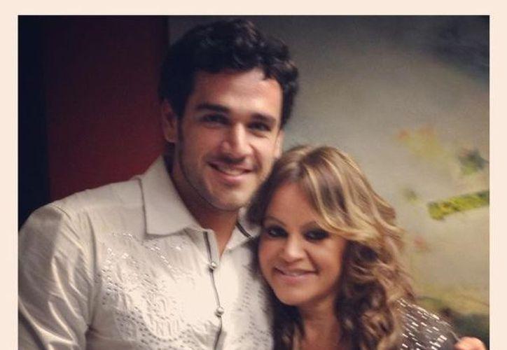 Jenni Rivera retuitó esta imagen hace más de 9 horas. La foto la subió el conductor y actor de Televisa Javier Estrella. (Twitter)