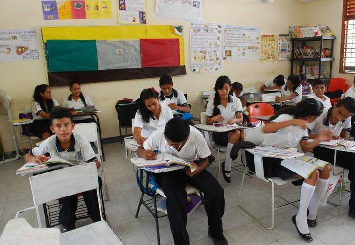 La presentación de las evaluaciones terminará el viernes 7. (Tomás Álvarez/SIPSE)