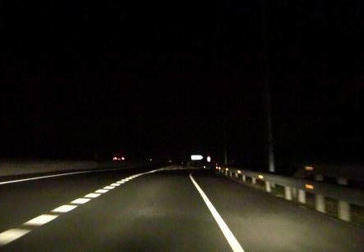 El hombre fue encontrado sin vida la noche del viernes en la carretera federal.  (Foto de contexto/Internet)