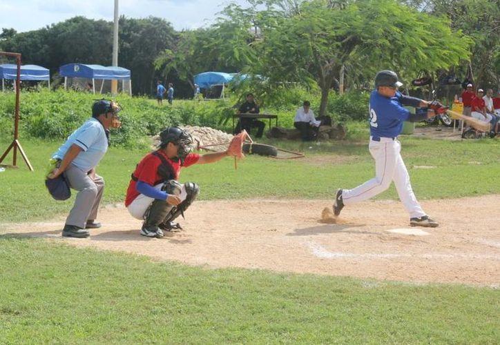 Equipos se enfrentarán en el torneo de la liga, para conseguir la victoria (Raúl Caballero/SIPSE)