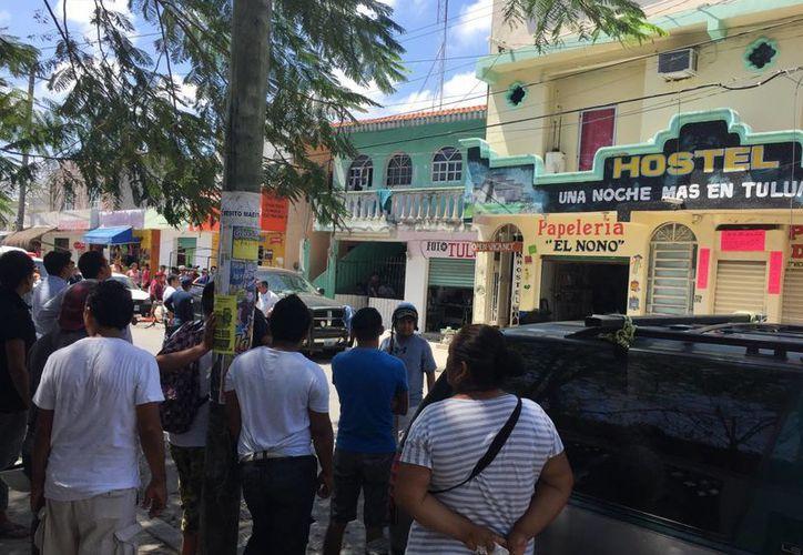 Un turista perdió la vida al tocar cables de alta tensión en el hostel donde se hospedaba en Tulum. (Sara Cauich/SIPSE)