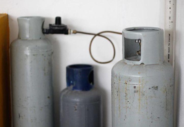 El mayor costo por kg del gas LP será de $14.90 en las regiones 9 y 145, que contemplan a Baja California Sur y Quintana Roo. (Uziel Góngora/SIPSE)