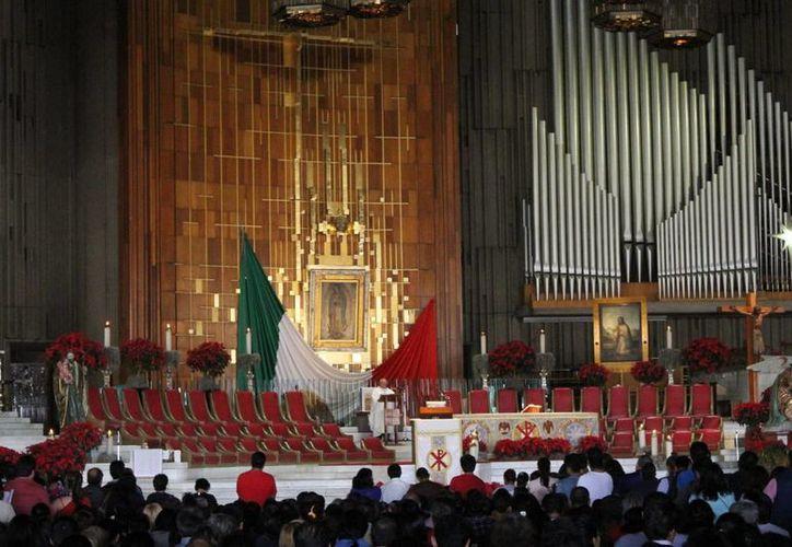 La CEM, junto a Protección Civil y el Estado Mayor Presidencial (EMP), trabajan en definir la cantidad de lugares y asientos que dispondrán, además de las gradas, dentro de la Basílica de Guadalupe. (Archivo/Notimex)