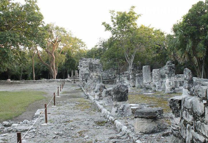 Pocos turistas se interesan por visitar los vestigios de la zona sur del Estado. (Israel Leal/SIPSE)