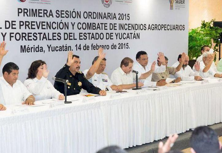 Ayer se dio la primera sesión ordinaria del Comité Estatal de Prevención y Combate de Incendios Agropecuarios y Forestales 2015. Hoy inicia la temporada de quemas. (Cortesía)