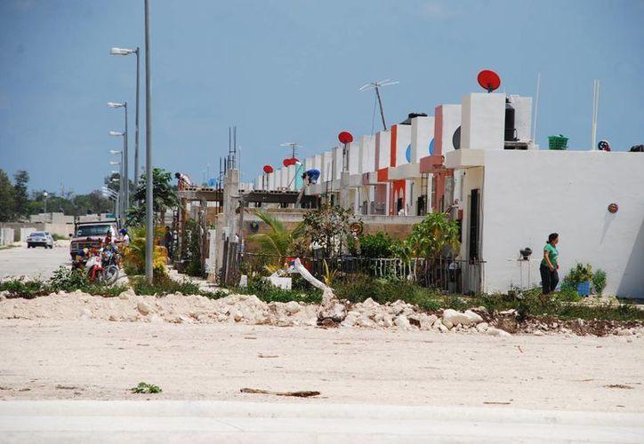 El Cabildo de Cozumel autorizó la subdivisión de lotes que sean compartidos por varias familias. (Gustavo Villegas/SIPSE)