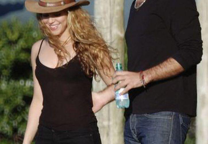 Shakira con de la Rúa en diciembre de 2008. (Agencias)