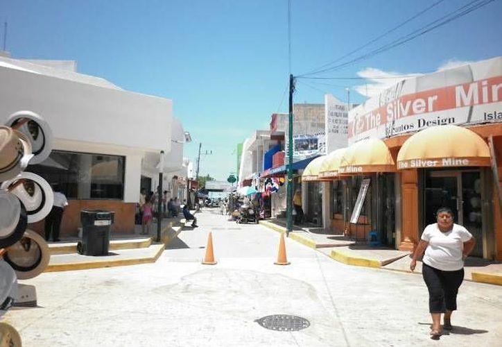 De ser posible la construcción de la universidad en Isla Mujeres dará prioridad a carreras enfocadas al turismo, administración y negocios. (Redacción/SIPSE)