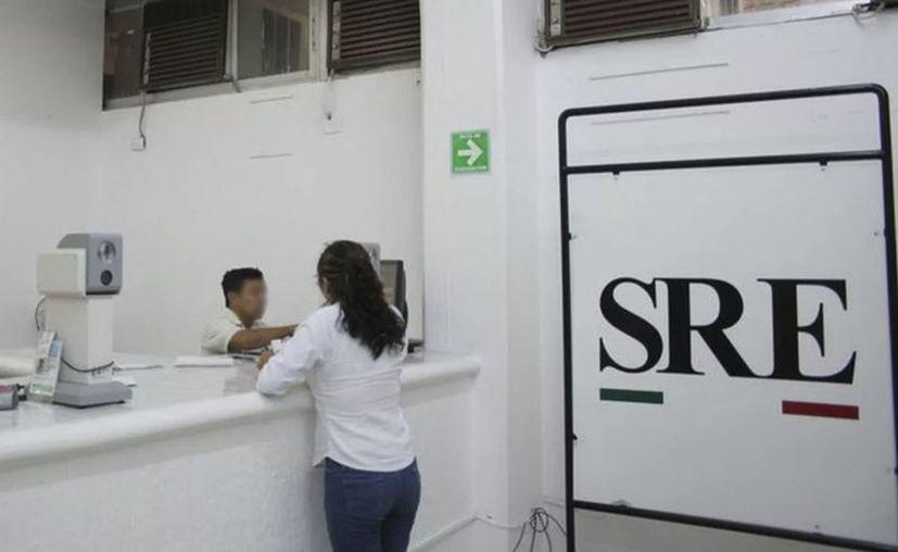 Aunque las actividades se suspendieron por el Covid, la delegación local de la SRE trabajó para hacer trámites de emergencia. (Archivo/Novedades Yucatán)