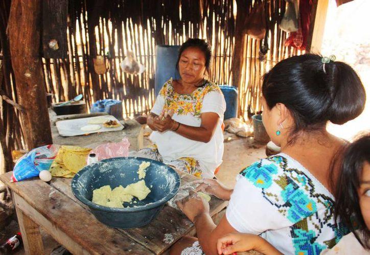 El Congreso del Estado analiza las iniciativas de reforma que proponen que la cultura maya sea patrimonio estatal. (Foto de contexto/Internet)